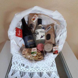 Poklon paketi i košare